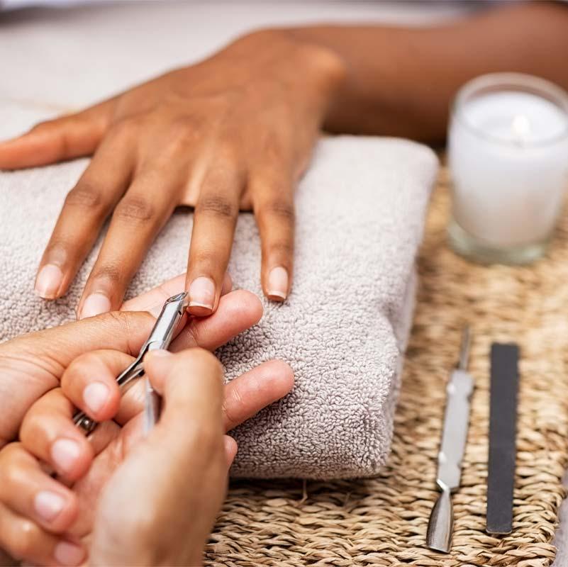 Manicure behandeling